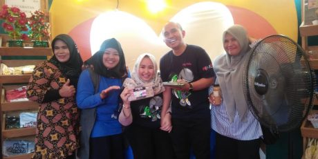 Ditemani Sang Istri Tercinta, Walikota Kunjungi Stand Pameran Pangkalpinang Fair
