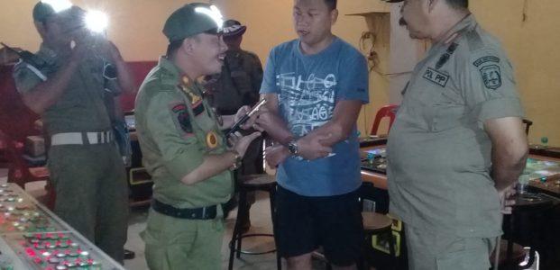 Diduga Tempat Perjudian, Satpol PP Babel Tutup Star Zone Belitung