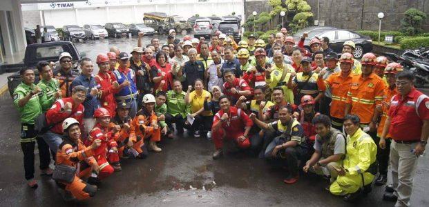 Tim ERG PT Timah Bantu Korban Banjir Jakarta Hingga Banten