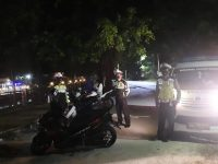 Personel Satlantas Polres Bangka Laksanakan Patroli Biru Penolong Satlantas Polres Bangka.