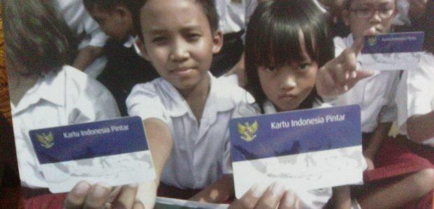 EDISON AKAN DATA ULANG PEMILIK KARTU INDONESIA PINTAR