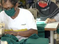 Bagikan 30 Ribu Masker Gratis, PT Timah Libatkan UMKM Lokal